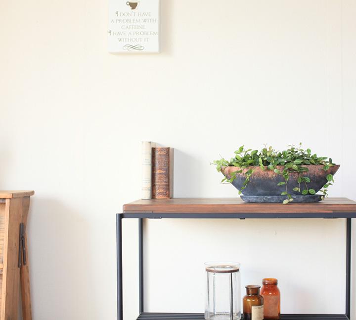 舟形の鉢は飾りやすい